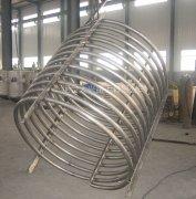 钛盘管蒸发器常用做内部的加热和冷却
